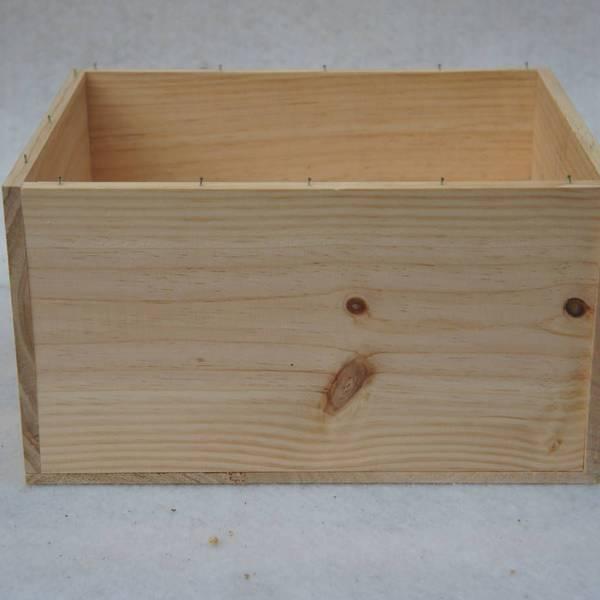 Où Trouver : Caisse en bois vin vide ou caisse en bois gamm vert avis 1