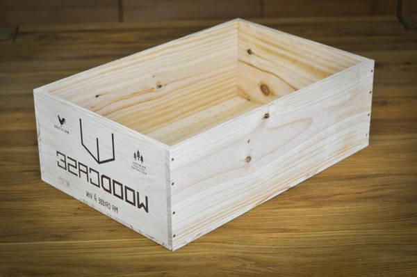 Où Trouver : Caisse en bois a vin : caisse en bois mur offre 1