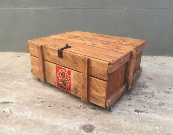 caisse en bois grise vintage